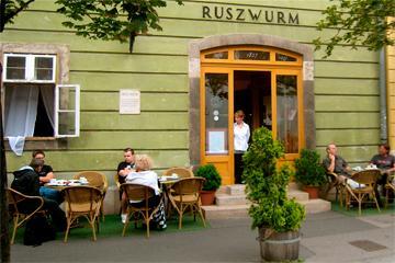 Ruszwurm, la pastelería más antigua de Budapest