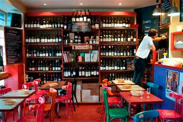 Le Verre Volé, una de las mejores vinerias de París