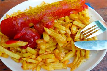 Donde comer la mejor salchicha o currywurst en Berlin